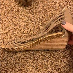 me too Shoes - NWT Sandals
